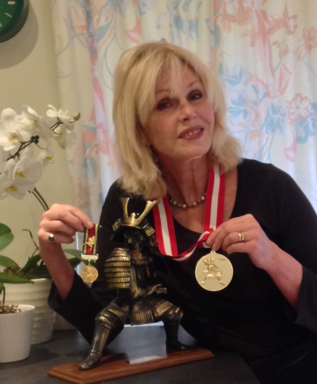 Joanna Lumley with her Shogun Award